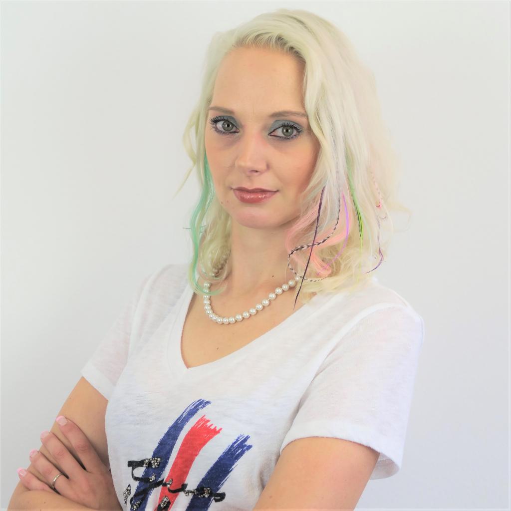 Ramona Troyer-Kugler